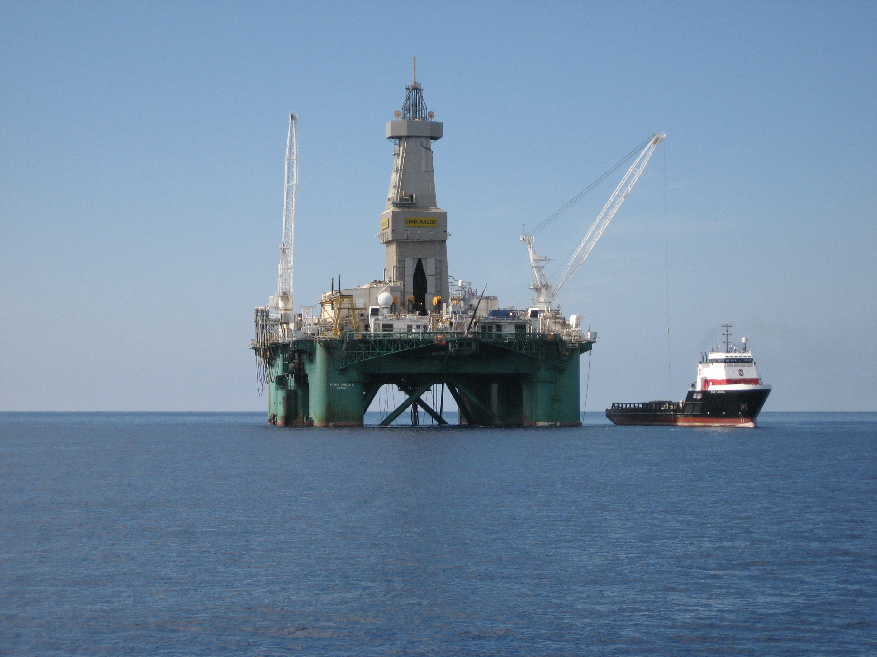 Oil drilling off shore in port aransas my port aransas for Port a fishing